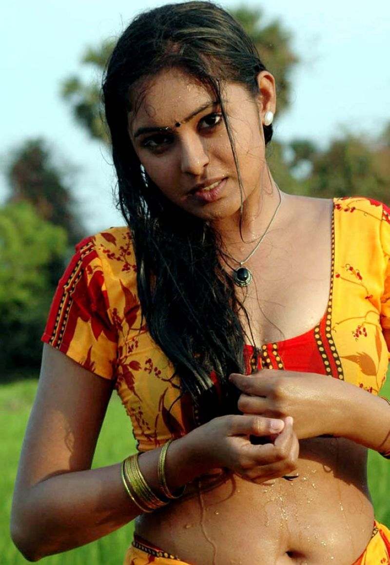 Tamil Actress Bathroom Scene 28 Images 301 Moved Permanently Tamil Cine Actress World Tamil